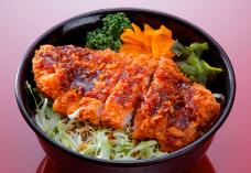 ソースカツ丼(味噌汁付)/900円